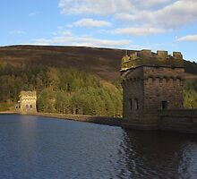 Dam, Derwent Reservoir. by Nick Atkin