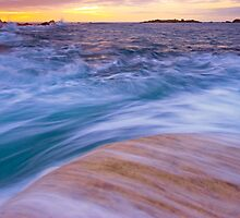 overflow at the bay by joel Durbridge