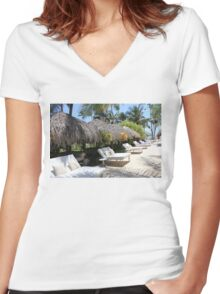 Polynesian Vacation Resort Women's Fitted V-Neck T-Shirt