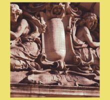 the layde's of statues Kids Tee