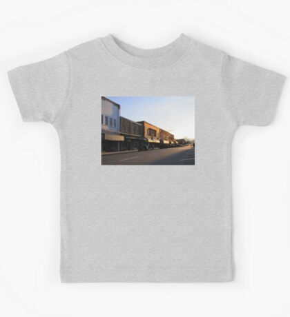 Street That Rides Into The Sunset Kids Tee