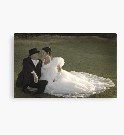 Bride and Groom romance Canvas Print