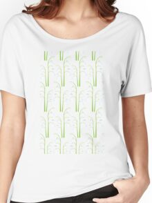 White Digital Lily of the Valley Floral Pattern Women's Relaxed Fit T-Shirt
