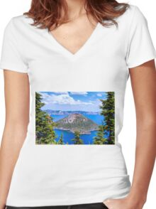 NATURAL FRAME Women's Fitted V-Neck T-Shirt