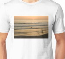 Crowded Californian Surfing Sunset - Pacific Beach, San Diego Unisex T-Shirt