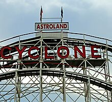 Astroland Cyclone by joAnn lense