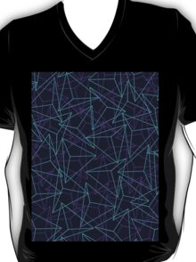 Abstract Geometric 3D Triangle Pattern in  turquoise/ purple  T-Shirt