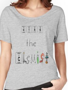 KISS the Chemist Women's Relaxed Fit T-Shirt