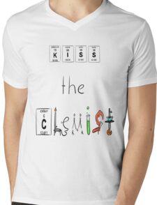 KISS the Chemist Mens V-Neck T-Shirt