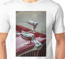 Auburn Logo & Hood Ornament 4 (Flying Lady Variant) Unisex T-Shirt