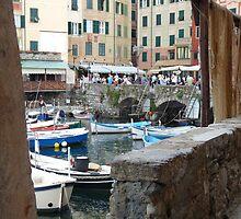 Camogli, Fishermen' harbour by presbi