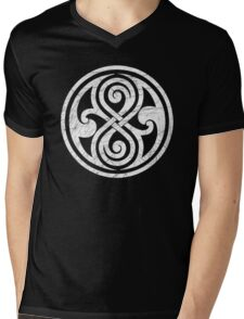 Seal of Rassilon - Classic Doctor Who - White on Black (Distressed) Mens V-Neck T-Shirt