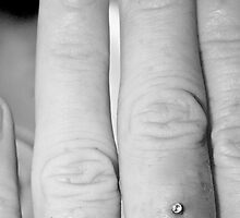 Dazzeling -Micro dermal Peircing on Finger  by mandyemblow
