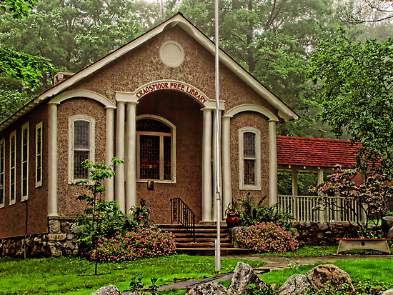 Cragsmoor Library by Pamela Phelps
