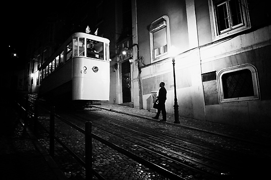Strangers in the night by Paulo Nuno