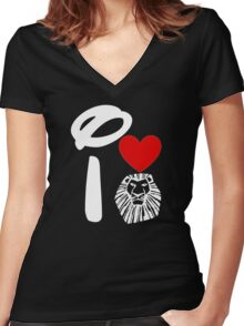 I Heart The Lion King (Inverted) Women's Fitted V-Neck T-Shirt