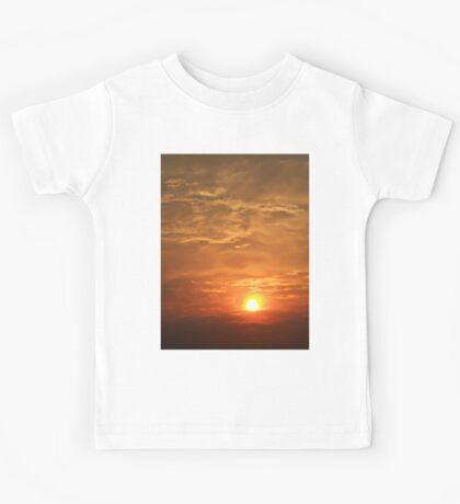 ©TSS The Sun Series LVI IA. Kids Tee