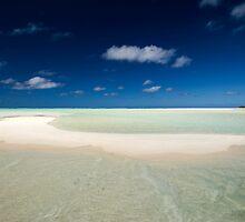 The Beach - Aitutaki by Michael Treloar