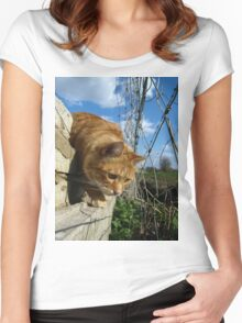 On a mouse hunt Women's Fitted Scoop T-Shirt
