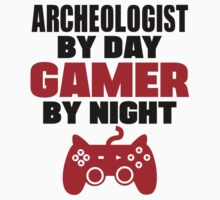 Archeologist by day gamer by night by 2E1K