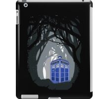 Space And Time traveller Box lost in the woods iPad Case/Skin