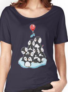 Penguin mountain Women's Relaxed Fit T-Shirt