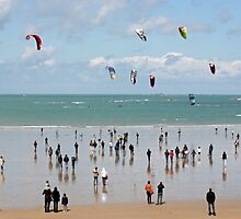 Watching the kite surfers by Tony Steel