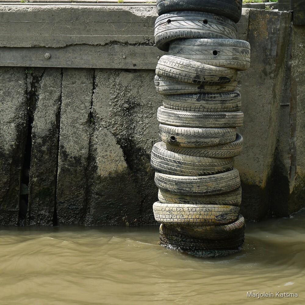Dock fender by Marjolein Katsma