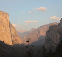 Yosemite Valley Sunset by Iain Harper