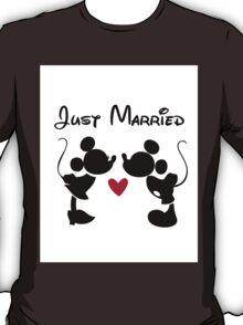 Just Married Disney Mickey & Minnie LOVE T-Shirt