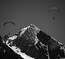Paragliders in Mountains by Jo  Kyles
