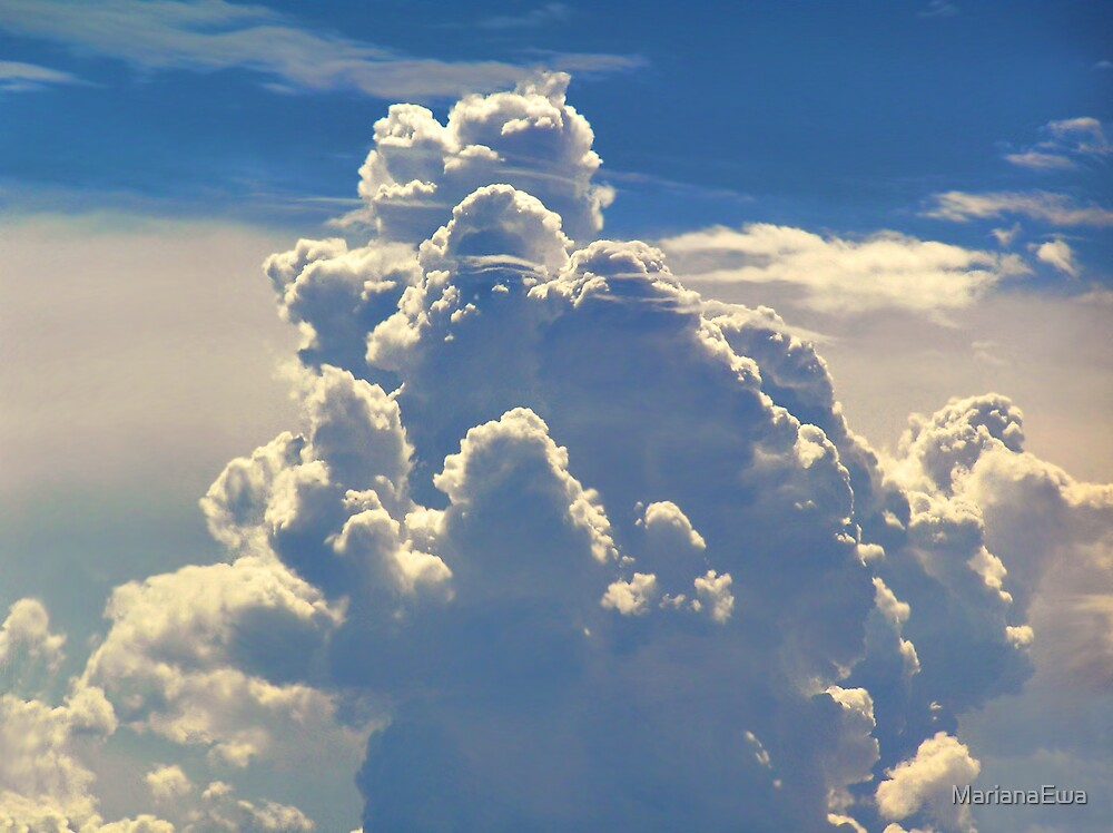 Heavenly Clouds by MarianaEwa