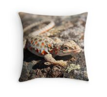 Desert Iguana II Throw Pillow