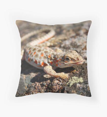 Desert Iguana II Throw Pillow