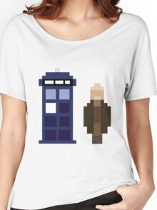 Pixel War Doctor and TARDIS Women's Relaxed Fit T-Shirt