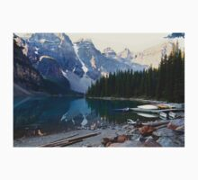 Lake Moraine – Banff National Park, Alberta, Canada Kids Clothes