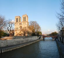 Notre Dame, Paris by Hans Kool