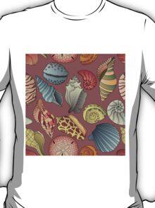Vintage Seashell Pattern Seamless T-Shirt