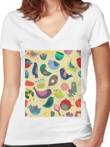 Cute Vintage Birds Seamless Pattern Women's Fitted V-Neck T-Shirt