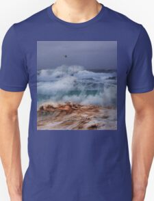 Winter Waves At Pipeline 18 Unisex T-Shirt