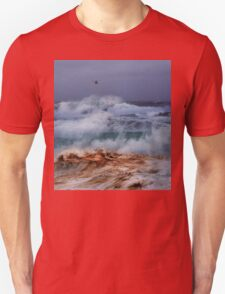 Winter Waves At Pipeline 18 T-Shirt