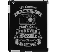 photography photographer t-shirt iPad Case/Skin