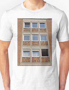 Sculptures of people at work, Nuremburg, Germany T-Shirt