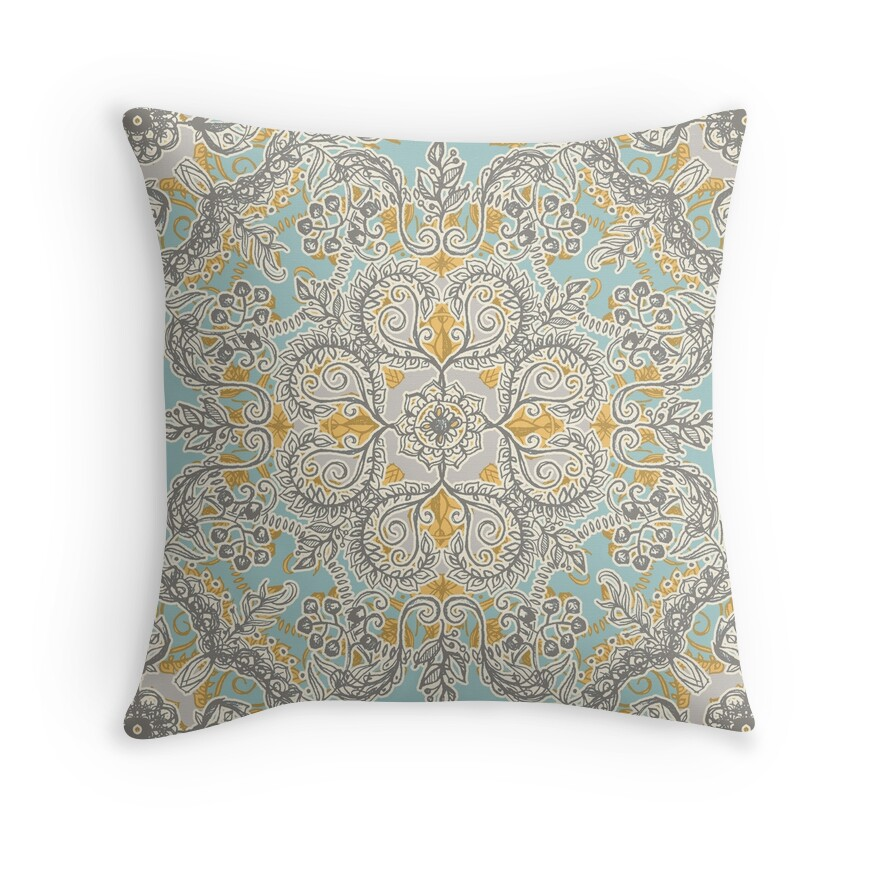 Soft Yellow Decorative Pillows :
