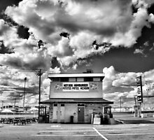 Hot-Dog,Hamburger,Frites,Michigan by Russ Styles