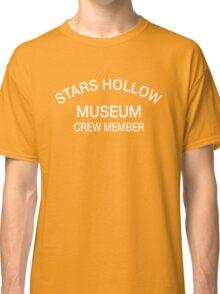 Stars Hollow Museum Crew Member t-shirt – Gilmore Girls, Lorelai, Rory, Taylor Doose, Luke Danes Classic T-Shirt