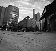 Marlene Dietrich Platz by metronomad