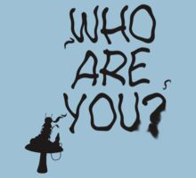 Caterpillar - Who Are You? Ver. 1 (Alice In Wonderland) T-Shirt