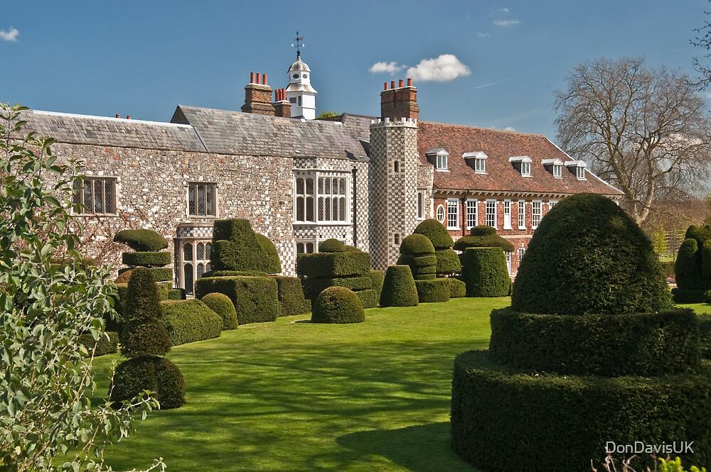 Chess Piece Garden: Hall Place, Kent. UK. by DonDavisUK