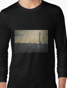 """""""There is a crack in everything. That's how the light gets in.""""  ~ Leonard Cohen Long Sleeve T-Shirt"""
